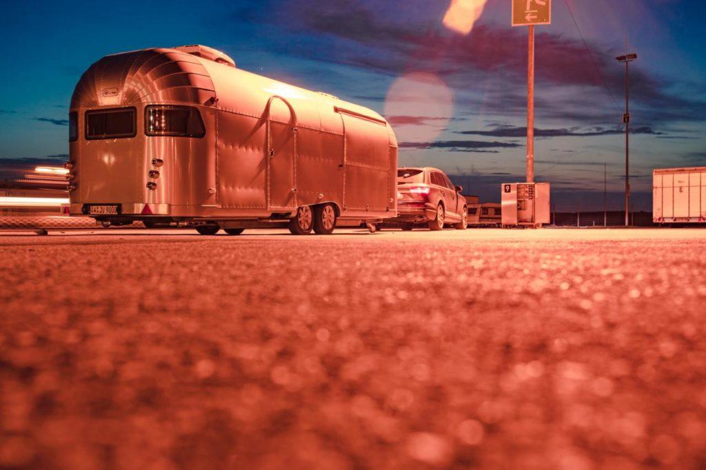 Foodtruck Airstream Design - mobile frische Küche